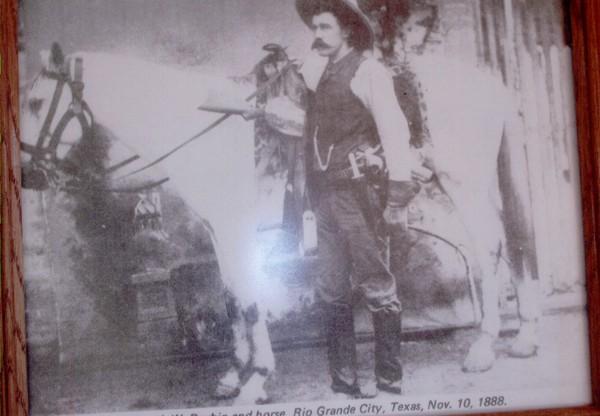 Texas Ranger Walter Durbin